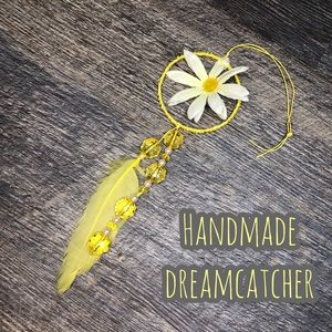 Other - Daisy dreamcatcher